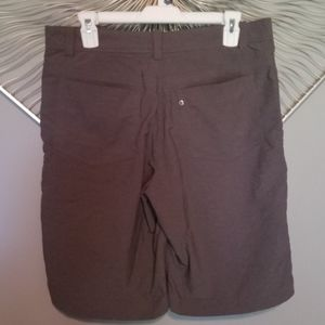 Nike Shorts - Nike Golf dri-fit shorts size 32 excellent conditi